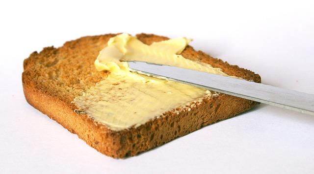 Bread and butter /Bánh mì và bơ